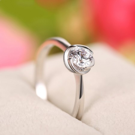 925 Sterling Silver Inlaid Excellent Cubic Zirconia Engagement Ring