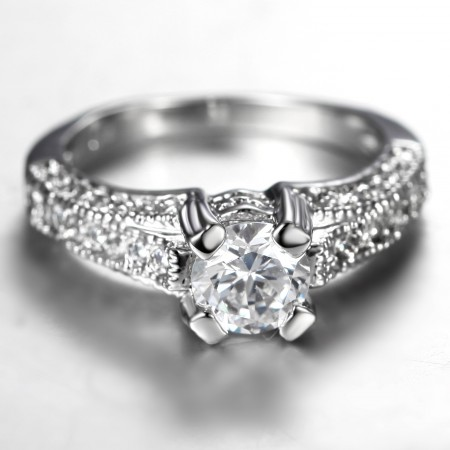 Personalized Fashion Quality Alloy Inlaid Luxury CZ Engagement Ring
