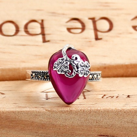 New Court Style 925 925 Sterling Silver Inlaid Corundum Carved Ring