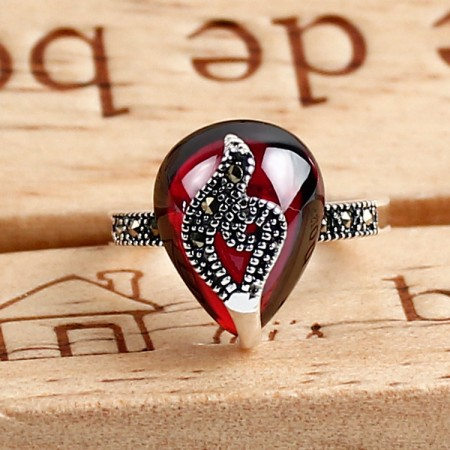Creative Retro 925 Sterling Silver Hand-Inlaid Garnet Ring