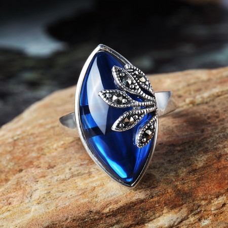 Retro Unilateral Leaves Styling 925 Sterling Silver Inlaid Blue Corundum Ring