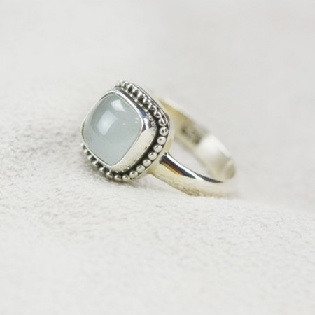 New Elegant Delicate And Cabinet S925 Silver Inlaid Natural Sapphire Ring