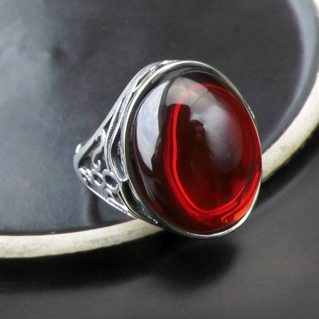 Wide Ethnic Style S925 Silver Inlaid Garnet Carved Hollow Ring