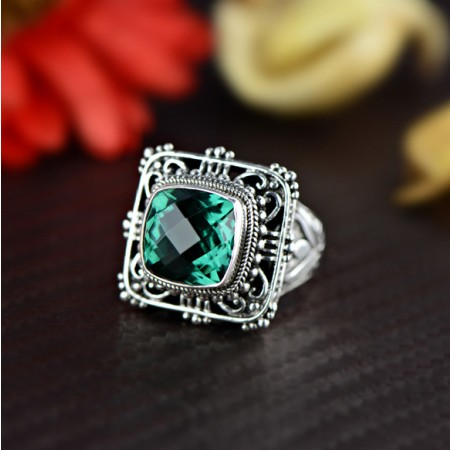 Noble Domineering S925 Sterling Silver Inlaid Stone Carved Hollow Big Ring