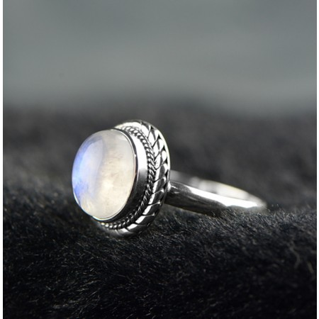 Romantic Aesthetic 925 Sterling Silver Inlaid Natural Moonstone Ring