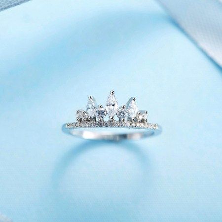 Personalized Fashion Simple Hand-Inlaid Cubic Zirconia S925 Silver Crown Ring