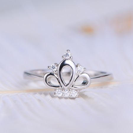 New Dignified And Elegant S925 Silver Crown-Shaped Ring