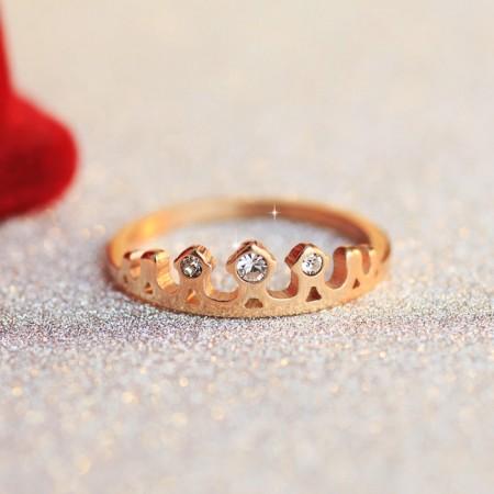 Fashion Temperament Hollow Titanium Steel Crown Ring