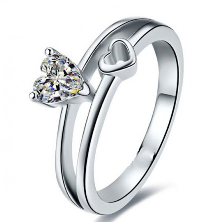 Creative New Hollow Heart-Shaped Gold-Plated Sterling Silver Inlaid CZ Engagement Ring