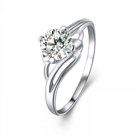 Fashion Wild 925 Silver Inlay Four Claw CZ Personality Engagement Ring
