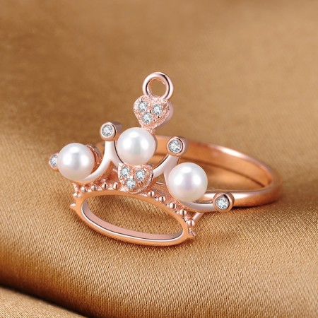 Noble Sparkling 925 Sterling Silver Inlaid CZ Crown Ring With Three Pearl
