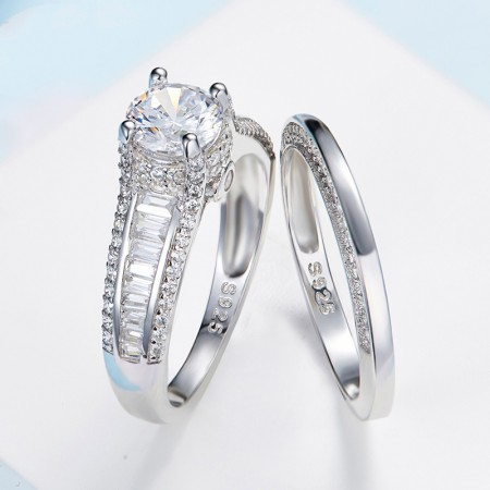 925 Silver Four Claw Inlaid Cubic Zirconia Luxury Couple Rings