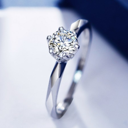 Nice S925 Silver Inlaid CZ Multi-Faceted Cut Engagement Ring