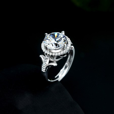 Luxury Bloom Design 925 Silver Engagement Ring