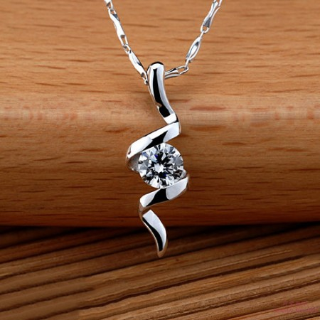 Luxury 925 Sterling Silver Emulation Round Diamond Women's Necklace