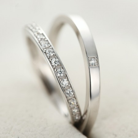 Simple And Stylish 925 Sterling Silver Inlay Cubic Zirconia Couple Rings
