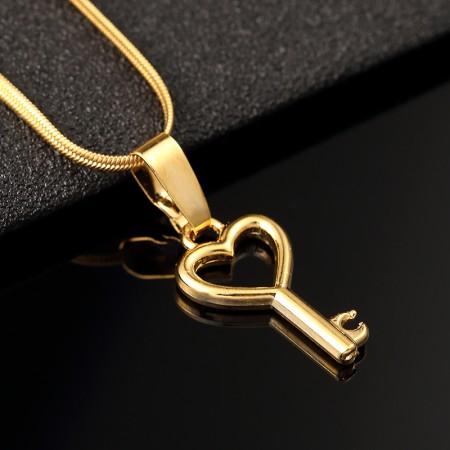 Lovely Heart Key Shape Gold Plated Women's Necklace