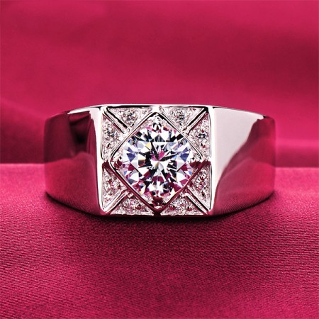 0.8 Carat Simulated Diamond Engagement/Wedding/Promise Ring For Him