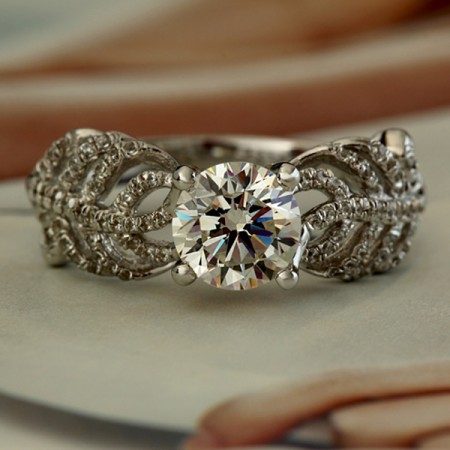 Charming 925 Sterling Silver Hollow Leaves Shape Engagement Ring