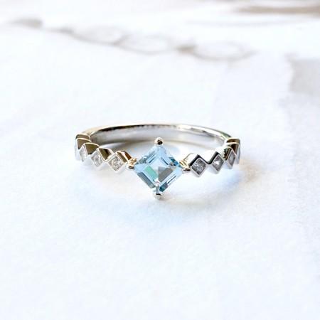 Natural Sea Blue Aquamarine S925 Silver Engagement Ring